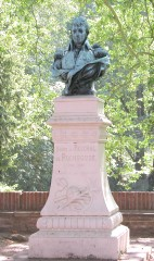 5 statue.jpg